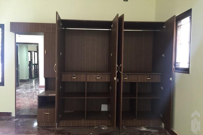 manikandan-wardrobe-2-open